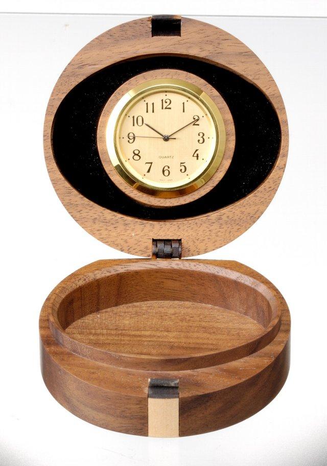 時計付香合